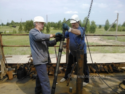 Connecting the cable lugs to the downhole tool Scaner 2000, preparation for the study of wells